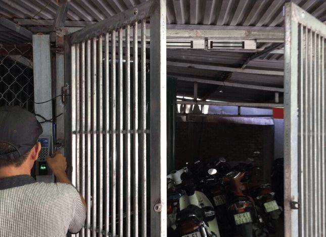 Lắp đặt khóa lực điện từ cho cửa sắt
